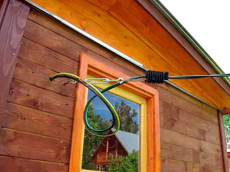 Как правильно сделать ввод электричества в дом